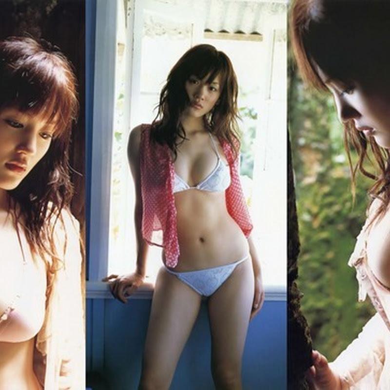 Ayase Haruka – HEROINE (photobook)