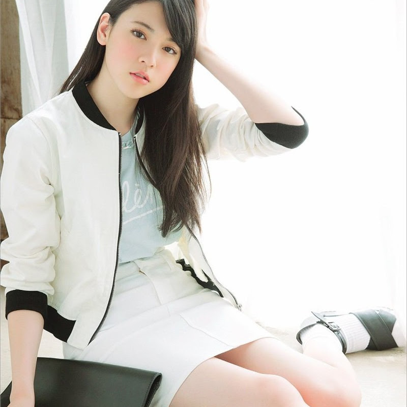 Miyoshi Ayaka – comercial para TSUBAKI