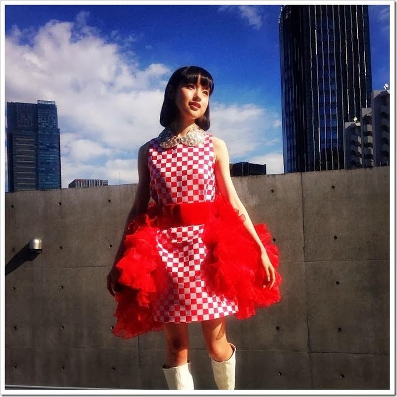 Fotos de Muto Ayami y Sakura Gakuin en Instagram