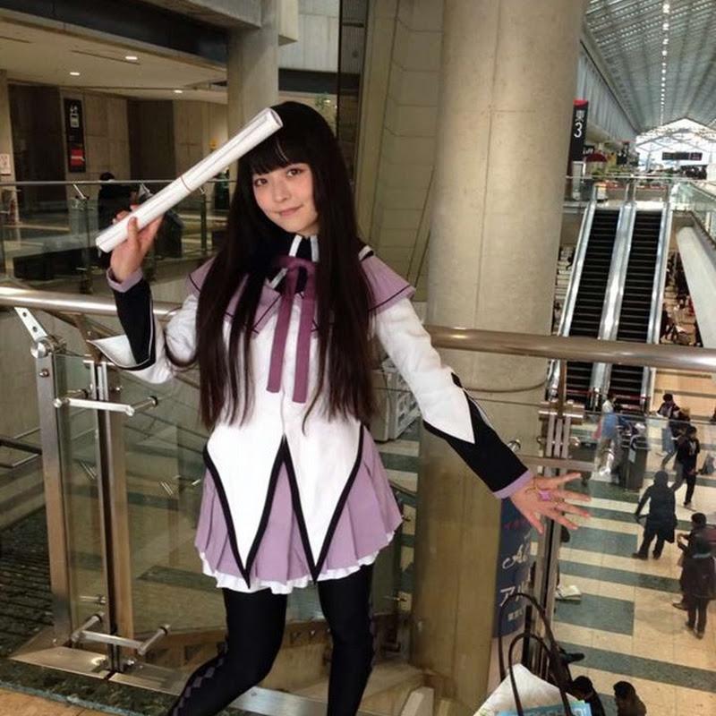 Uesaka Sumire – cosplay de Madoka Magica en la Comiket 85