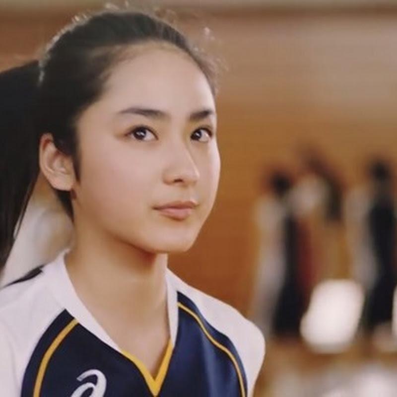 Taira Yuuna protagoniza el video musical Run and Run de KANA-BOON